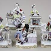 """Katalog-Nr. 749 - 5 Porzellanfiguren der Porzellan-Manufaktur Meissen - """"Die fünf Sinne"""" Porzellan » Figuren"""