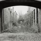 Mit der Kamera hielt Berthold Socha die Entwicklung des TextilWerks fest - beim Künstlergespräch am Donnerstag (9.5.) blickt er zurück. (Foto: Berthold Socha)