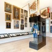 Kaiserjägermuseum  Saal 6 mit Porträts der Regimentskommandanten und Tapferkeitsmedaillenträger der Tiroler Kaiserjäger  © TLM