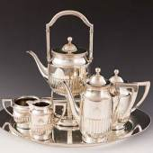 Prachtvoller umfangreicher Tee-/Kaffeekern. Ausrufpreis:2900 Euro