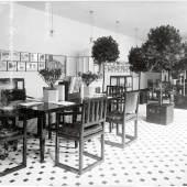 SHOWROOM WIENER WERKSTÄTTE Ein Dialog mit Michael Anastassiades Ausstellungsraum im Firmensitz der Wiener Werkstätte, Neustiftgasse 32–34 Fotografie, 1907 © MAK