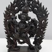 Bronze-Buddha mit Strahlenkranz,Tibet,19./20. Jahrhundert, ca. 23x11x30cm (BxTxH)