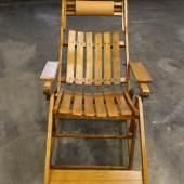 Sonnenliegestuhl, Erzeugnis der Fa. Thonet, sogen. Deckchair, 1. Hälfte 20. Jh., Rufpreis € 600