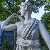 Artemis von Versailles, Abguss einer römischen Marmorkopie nach einem griechischem Original um 330 v. Chr. (?), Foto: Ruedi Habegger, Antikenmuseum Basel und Sammlung