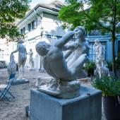 Blick in den Skulpturengarten, Foto: Ruedi Habegger, Antikenmuseum Basel und Sammlung Ludwig