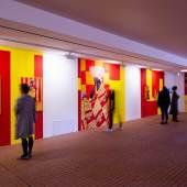Ausstellungsansicht: ... von Brot, Wein, Autos, Sicherheit und Frieden, Kunsthalle Wien 2020, Foto: Jorit Aust: Adji Dieye, Maggic Cube, 2016–2019, Courtesy die Künstlerin