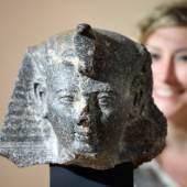 Kopf einer frühen Statue Ramses II. Regierungszeit Ramses II. (1279–1213 v. Chr.), Theben (?), Granodiorit  © Badisches Landesmuseum,  Foto: Uli Deck