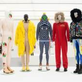 Ausstellungsansicht  Love & Loss. Mode und Vergänglichkeit im LENTOS Kunstmuseum Linz Foto: Reinhard Haider