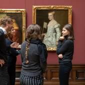 Mitarbeiter*innen beraten über Vermittlung venezianischer Malerei Gemäldegalerie Alte Meister und Skulpturensammlung bis 1800  © SKD, Foto: David Pinzer