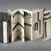 Etel Adnan Leporello New York, 1990 Courtesy die Künstlerin und Sfeir-Semler Gallery Hamburg / Beirut