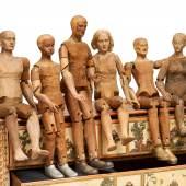 Folge von sechs großen Krippenfiguren  Holz geschnitzt mit beweglichen Gliedern | Alpenländisch | 18. Jh. Taxe: 8.000 – 10.000 €