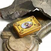 Tabatiere mit Widmung Wilhelm I. Herzog von Nassau  Hanau | 1835 | Charles Collins & Söhne | Gold, Email, Altschliffdiamanten | 2x9x6cm Taxe: 12.000 – 15.000 €