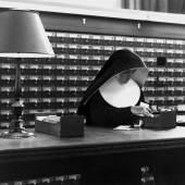 Fred Stein, Nun / Nonne, New York 1942 196 x 245 mm  © Fred Stein bei VG Bild-Kunst, Bonn 2018
