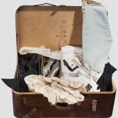 Position: 4688 Erzherzog Franz Salvator von Österreich-Toskana - russischer Holzkoffer mit Textilien und Accessoires von Kaiserin Elisabeth, aus der Familie oder von Hofdamen   Startpreis 1.500 EUR   Ergebnis:   42.000 EUR