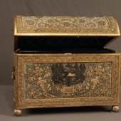 Schmuckschatulle mit Runddeckel von 1891 (Katnr. 4756, Taxe € 4.980,-)