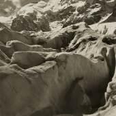 Albert Steiner (1877-1965)  Piz Bernina, Oberengadin, o. J.  Silbergelatineabzug auf Mattpapier, getönt  22,7 x 16,7 cm LM  U. 484