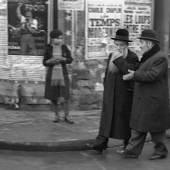 Fred Stein, Conversation / Unterhaltung, Paris 1936 195 x 244 mm  © Fred Stein bei VG Bild-Kunst, Bonn 2018