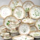 """Los 66 bis 87 Große Sammlung Porzellan """"Flora Danica"""", Schätzpreis 350,- bis 1.200,- EUR"""