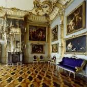Die Blaue Kammer in der Königswohnung. Foto: SPSG / Wolfgang Pfauder