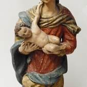 Bekrönte Madonna mit Kind,Holzschnitzarbeit des 18./19.Jahrhunderts,wohl Österreich,Höhe ca.82cm, unrestauriert