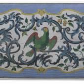 Rokoko Bibliothekstisch Johann Michael van Selows mit charakteristischer Perlenmosaikarbeit nennenswerte Akzente zu setzen (Braunschweig, um 1760, 79 x 171 x 101 cm, 16.000 €