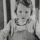Abb.: Hildegard Heise (1897–1979), Ulrike von Borries im Liegestuhl (Detail), 1928–1933, Silbergelatinepapier, 39,2 x 29,3 cm, MK&G, © Matthias Biermann-Ratjen