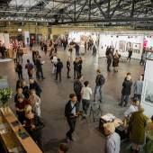 Copyright: Berlin Art Week Foto: Oana Popa Besucher auf der / visitors at POSITIONS BERLIN 2015
