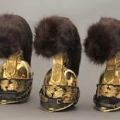 Helme für Offiziere der Garde du Corps     Metall, Leder, Textil  1814 Bayerisches Armeemuseum  Inv. Nr. B 423, 426, 434        © Bayerisches Armeemuseum, Ingolstadt