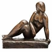 Abb. 91167: Emy Roeder, «Rückblickende Sitzende». Um 1933. Bronze. H. 22,5 cm, B. 23,5 cm. Werkverzeichnis: Gerke 35. Limit 9.000 €.