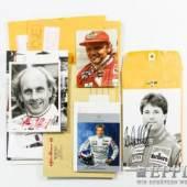 Mappe mit Autographen zumeist Auto-Rennsport zum Beispiel Niki Lauda und andere. Bitte besichtigen!  Aufrufnummer: 5 Aufrufpreis: ohne Limit