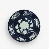 9660 An Exceptionally Rare and Large Fine Blue and White Reserve-Decorated 'Peony' Dish