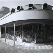 Hutgeschäft Rudolf Korff beim Wiener Resselpark, um 1935 Martin Gerlach jun. Silbergelatine (späterer Abzug) Copyright: Wien Museum