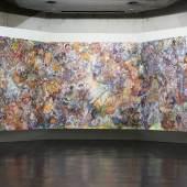 Karin Pliem, Foresta tropicale in conflitto I-III (Triptychon), 2021, Öl auf Leinwand, 230 x 750 cm  Ausstellungsansicht kunsthaus muerz. Foto: Timtom