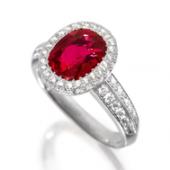 SCHMUCK & JUWELEN    Burma-Rubin-Diamant-Ring, Péclard  Schätzung: CHF 180 000/280 000 Ergebnis: CHF 810 000