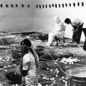 Ablutions, CA 1972 Performance mit Judy Chicago, Suzanne Lacy, Sandra Orgel und Aviva Rahmani © Judy Chicago/Artists Rights Society (
