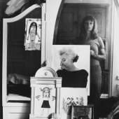 Helga Paris Selbst im Spiegel, 1971 Foto © Helga Paris. Quelle: ifa (Institut für Auslandsbeziehungen)