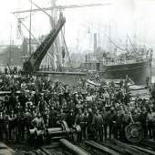 Arbeiter im Altonaer Hafen unbekannter Fotograf 1876 Sammlung Altonaer Museum