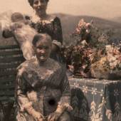 "Autochrome, Graz, Terrasse am Rosenberg  Familie Bauer, ""Mamas Geburtstag"" Foto: Viktor Bauer, 28. Juli 1913"
