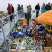 Karsten Bott Von jedem Eins 2011 Installationsansicht Kunsthalle Mainz Mixed Media Maße variabel Courtesy der Künstler; © VG Bild-Kunst, Bonn 2019