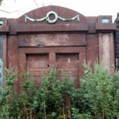 Grabmal Blumenthal auf dem Jüdischen Friedhof in Berlin-Weissensee © Deutsche Stiftung Denkmalschutz/Schabe