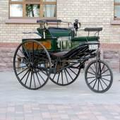 """Benz Patent-Motorwagen Nummer 3"""", Mit diesem Fahrzeug unternahm Berta Benz mit ihren beiden Söhnen 1888 die erste Überlandfahrt in der Geschichte des Automobils. © Daimler AG"""