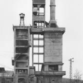Bernd und Hilla Becher  Industriebauten | 10 Vintages 1968  10 Gelatinesilberabzüge in der Originalschachtel  Schätzpreis: 15.000 – 18.000 Euro