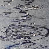 Bild 26: Bernd Zimmer, Schwimmendes Licht, Holzschnitt auf Japanpapier, 2018, Ex. 34/100; 36&36 cm. 240 €. Mit weißem Holzrahmen und Abstandleiste, frei montiert 290 €