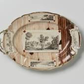 Platte mit Holzmaserungsdekor, um 1890 Landesmuseum Württemberg, Hendrik Zwietasch