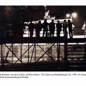 Christian Borchert, Aus dem Zyklus Berliner Mauer: Die Mauer am Brandenburger Tor, 1988, s/w Fotografie © Staatliche Kunstsammlung Dresden