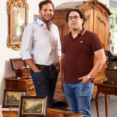 Die Brüder Lennart Neumann und Julian Schmitz-Avila führen gemeinsam den Kunsthandel Rheinland Antik,  Foto: Rheinland Antik