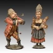 01. Groteske Figuren,  Salzburg um 1760, Nadelholz, originale Fassung, H (Frau): 51 cm, H (Mann): 46 cm Bild: Runge Kunsthandel