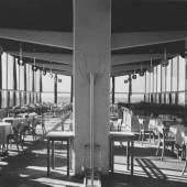 Hans Wittwer und Werkstätten der Stadt Halle, Flughafenrestaurant Halle – Leipzig, 1930/31, Foto: Hans Finsler, Kunstmuseum Moritzburg Halle (Saale)