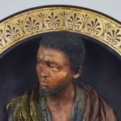 Teller mit Büste eines jungen Arabers, Fa. Friedrich Goldscheider, Ende 19. Jh., Foto: Universalmuseum Joanneum