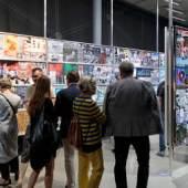 "Blick in die Ausstellung ""Connected. Peter Kogler with..."" im Kunsthaus Graz, 2019, Foto: Universalmuseum Joanneum/N. Lackner"